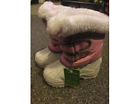 Brand new campri snow proof pink girls boots size c4