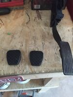 Gas pedal and brake/clutch rubber cover
