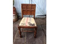 PAIR OF VTG RETRO SHABBY CHIC OAK WOODEN FRAMED CHAIRS WITH DROP IN SEATS FOR UPCYCLING