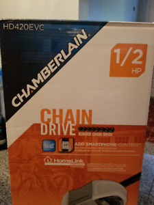 Brand New Chamberlain Garage Door Opener 1/2 HP Chain Drive