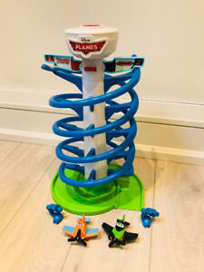 Fisher-Price Disney's PLANES Spiral Air Race Toy w Dusty