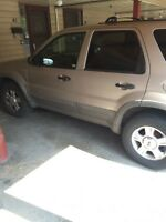 Selling my 2001 Ford Escape AWD for $1900 o.b.o