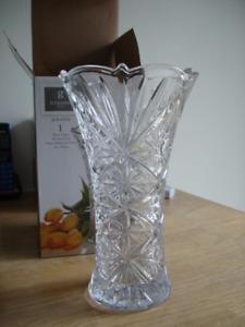 Gibson Flower Vase (Brand new in box)