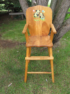 Vintage Wooden Baby High Chair - Teddy Bears Decal