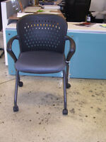 STK 1231 - NESTING OFFICE CHAIR