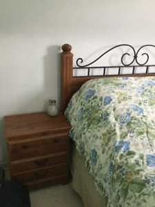 Bedroom  Set  4Pieces and Mattresse (Queen)  for Sale