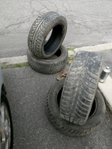 Set of 205/55/16 winter tires like new