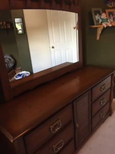 SOLID PINE DRESSER WITH MIRROR & NIGHT STAND GREAT CONDITION!!!
