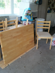 For quick sale – Pine kitchen table with 4 chairs