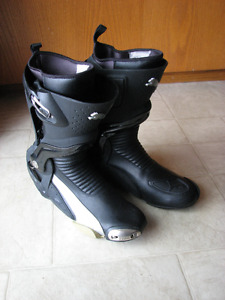 PUMA 1000 motorcycle boots size 10 US (euro 43)