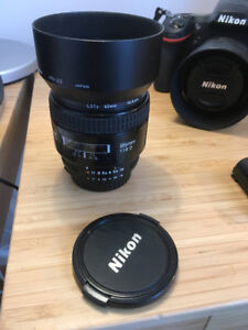Nikon 85mm, F1.8D +Filtre 62mm +sun protector
