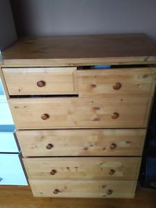 Wood 6 drawer dresser for sale$20