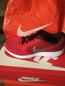 Brand new Nike Men's shoes - size 10.5