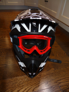HJC Snowmobile or Dirt Bike Helmet with Goggles