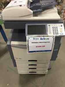 Toshiba e-STUDIO 2330c Color MFP ! Works!