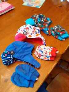 3 Columbia toddler hat and mittin sets
