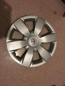 Camry 16 inch hubcaps