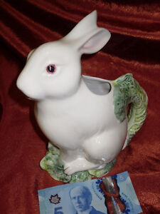 RABBIT pouring Jug made in ITALY