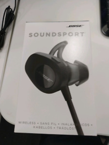 Bose sound sport with box and receipt