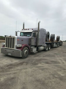 2015 Peterbuilt Truck + 2014 Load King fully loaded trains
