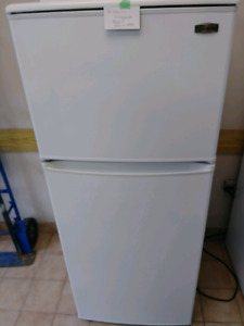 Small fridge  for sale on consignment