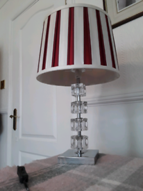 "Med sz table lamp 19.5"" high (50cm) Laura Ashley shade ice cube stand"