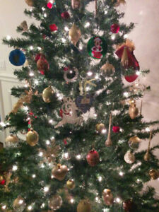 NOMA 7 FOOT PRELIT CHRISTMAS TREE.  LIKE NEW!