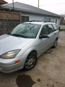 04 ford focus wagon best offer.