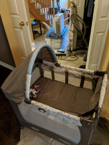 Graco Travel Pack n play