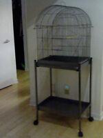 Cage d'oiseaux 15 po. X 20 po. X 27 de haut très bon état
