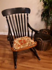 Rocking chair - perfect condition