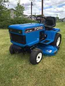 "Ford Ride On Lawn Tractor 48"" Deck"