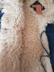 Girl - Size 5-6 - Warm late Fall Jacket