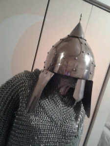Casque heaume armure medieval
