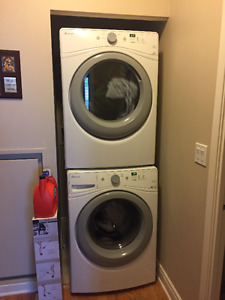 Stackable Washer Dryer with stacking kit