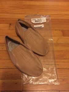Girls Tan Jazz Shoes - Size 1