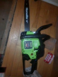 Poulan woodshark 33cc chainsaw 14 in