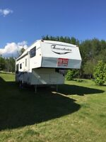 2001 Travelaire fithwheel 24.5ft