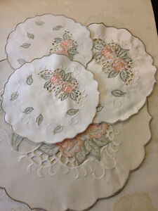 Set of 4 Cloth Placemats (for flowers, sculptures, etc...)