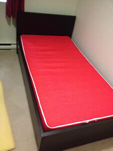 Twin size mattress and bed frame - Perfect condition