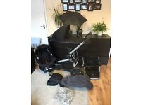 Quinny Buzz 3, Foldable Carrycot, Maxi Cosi Car Seat & IsoFix Base