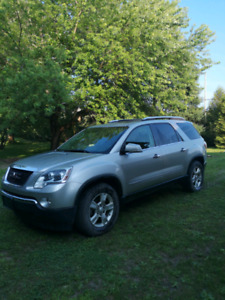 Gmc acadia 7 places