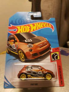 Hot wheels 2018 super treasure hunt Fiat 500