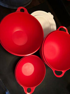 "Tupperware ""Thatsa"" Bowls 3pc"