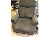 Electric Reclining arm chair (lift to standing)