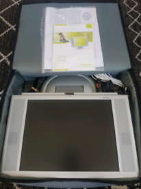 "Portable Camping 15"" tv/monitor 12v/240v"