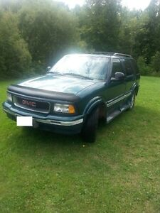 1997 GMC Jimmy Green SUV, Crossover with a Sun Roof!