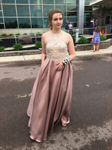 Prom Dress Size 8 WITH POCKETS!