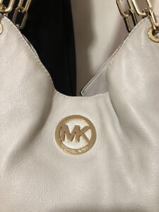 AUTHENTIC MICHAEL KORS PEBBLED LEATHER FULTON TOTE LARGE
