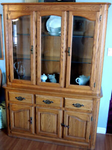 Shermag Hutch And Dining Table
